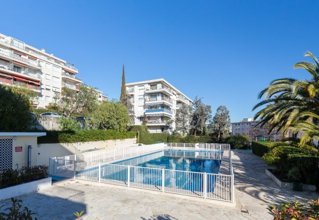 Appartement à Nice - Domaine des Fleurs - 1 bedroom - Sea view for 4 pe